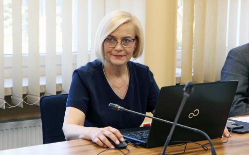 Wicemarszałek Renata Janik na posiedzeniu Zarządu Województwa 1.07.2020 r.