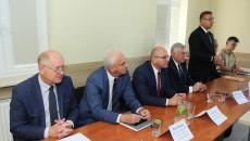 Sławomir Kopacz, wójt Bielin prezentuje propozycje Związku Gmin Gór Świętokrzyskich do Strategii Województwa 2030+