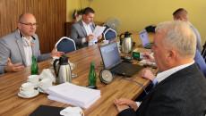 Uczestnicy posiedzenia Komisji Strategii Sejmiku Województwa Świętokrzyskiego