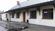 Dworzec na stacji w Jedrzejowie