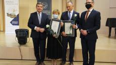 Laureatom Gratulował Andrzej Pruś