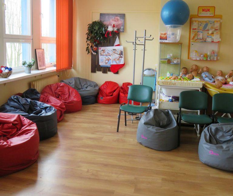Szkoła Rodzenia i Ośrodek Leczenia Niepłodności wznawiają działalność