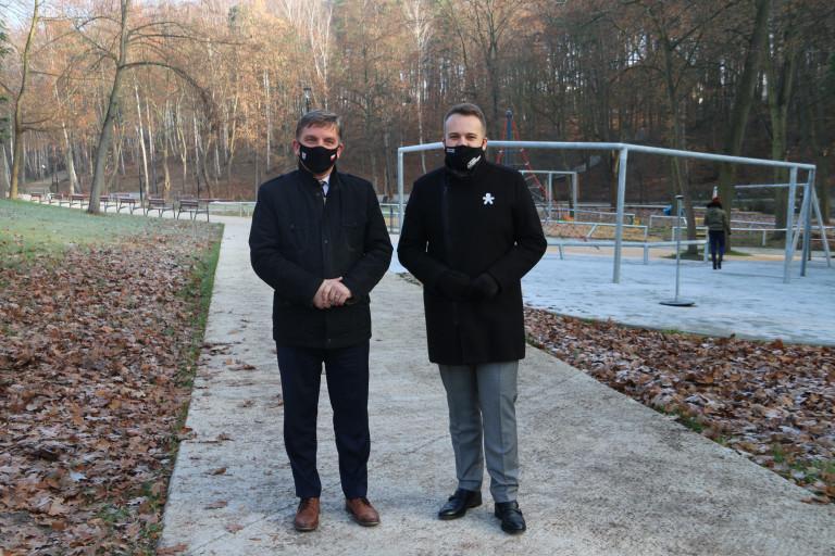 Andrzej Pruś, Marek Materek Na Konferencji W Parku