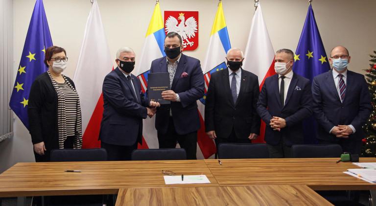 Umowa Na Zakup Ekologicznego Taboru Autobusowego Podpisana