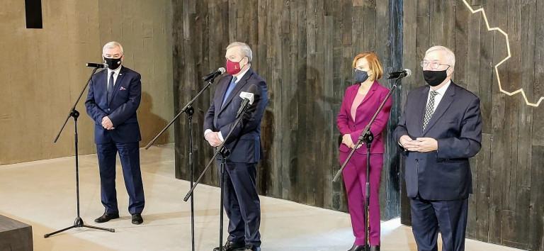 Wicepremier Piotr Gliński, Wiceminister Anna Krupka, Poseł Krzysztof Lipiec, Marszałek Andrzej Bętkowski