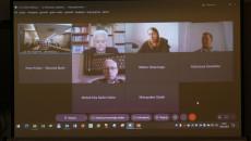 Ekran, A Na Nim Członkowie Rady Biorący Udział W Posiedzeniu Zdalnie