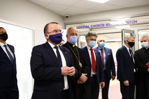 Wicemarszałek Marek Bogusławski podzcas otwaracia szpitala MSWiA w Kielcach