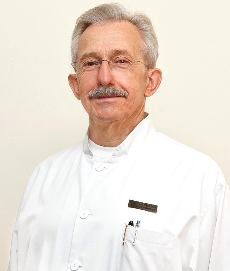 Prof.dr Hab.n.med . Stanislaw Gozdz Dyrektor Swietokrzyskiego Centrum Onkologii