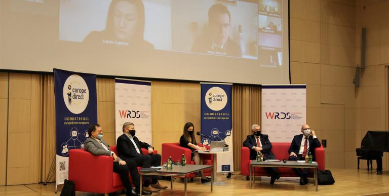 Debata Online W Filharmonii Świętokrzyskiej