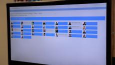 Ekran Komputera Z Ikonami Radnych Sejmiku Biorących Udział W Sesji W Formie Zdalnej