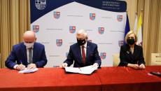 Uroczyste Podpisanie Umowy Z Beneficjentem (3)