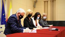 Uroczyste Podpisanie Umowy Z Beneficjentem (4)