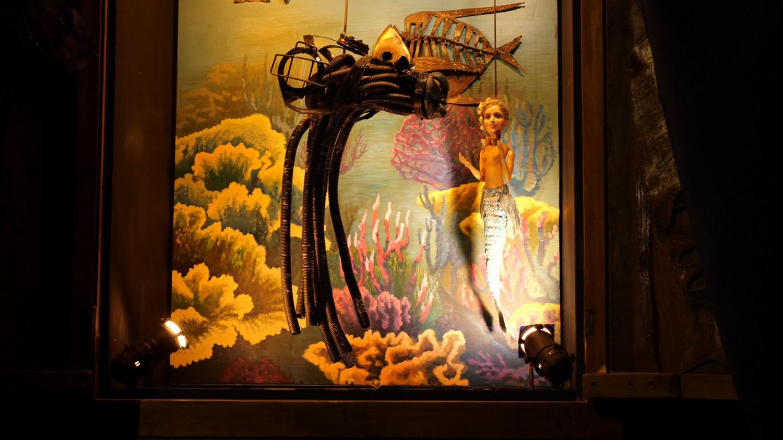 Mała syrenka w lalkowym teatrze