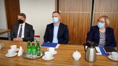 Samorządowcy Poczas Spotkanie W Sprawie Powołania Społecznej Inicjatywy Mieszkaniowej
