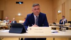 W ławie, podczas 32 sesji, Tomasz Jamka, Członek Zarządu Województwa