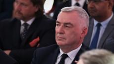 Andrzej Bętkowski Siedzi Wśród Uczestników Uroczystości