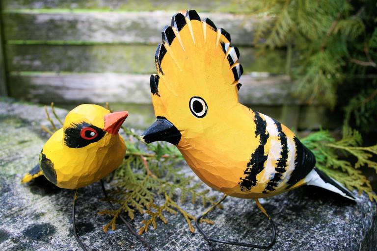 Drewniane Rzeźby Dwóch Ptaków