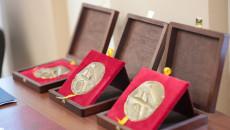 Medal Zasłużony Dla Uniwersytetu Jana Kochanowskiego Wkielcach