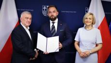 Nominację Na Członka Śrdpp Odbiera Tomasz Tkaczyk – Stowarzyszenie Patriotyczne W Kielcach