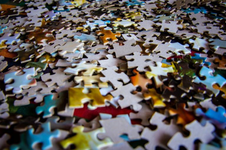 Rozsypane, Pomieszane Puzzle