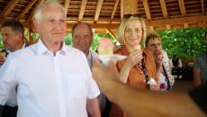 Marek Jońca, Renata Janik na stoisku z potrawami konkursowymi