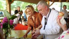 Renata Janik i Andrzej Bętkowski podczas degustacji konkursowych potraw
