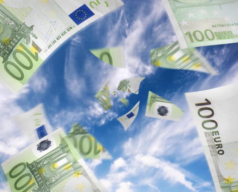 Obrazek Przedstawiający Banknoty W Walucie Euro
