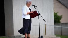 Do mikrofonu przemawia Marianna Wikło