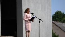 Do mikrofonu przemawia Agata Wojtyszek
