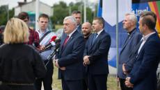 Konferencja Prasowa. Do zgromadzonych dziennikarzy przemawia Andrzej Bętkowski