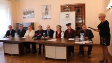 Konferencja Prasowa W Wojewódzkim Domu Kultury W Kielcach Z Udziałem Zaproszonych Gości