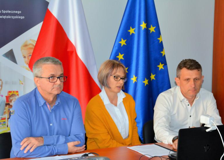 Pracownicy Departamentu Wdrażania Europejskiego Funduszu Społecznego UmwŚ Podczas Szkolenia