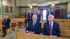 Goście Oglądają Zabytkowe Wnętrze Kościoła W Lipie