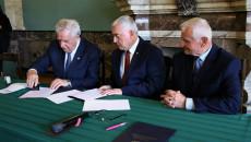 Umowę Podpisuje Wójt Strawczyna