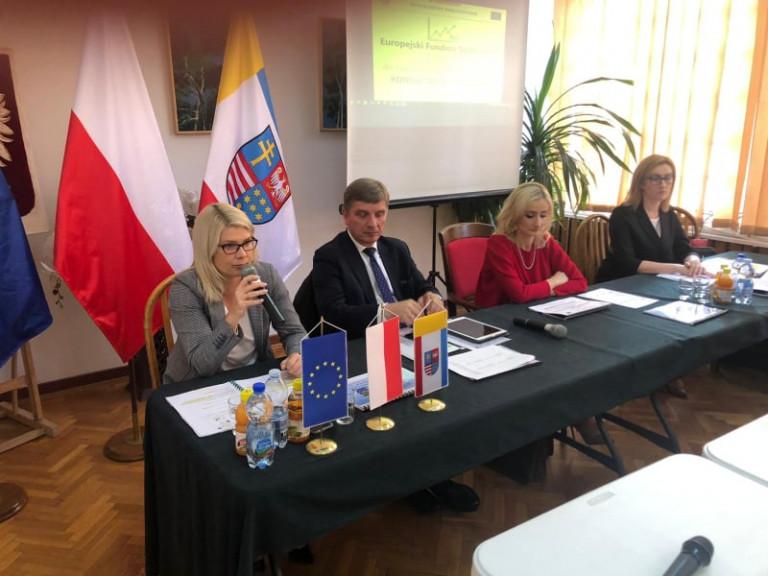 Dyrektor Katarzyna Kubicka Prezentuje Założenia Nowego Programu.
