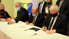 Podpisanie Umowy Na Dofinansowanie Prac Termomodernizacyjnych