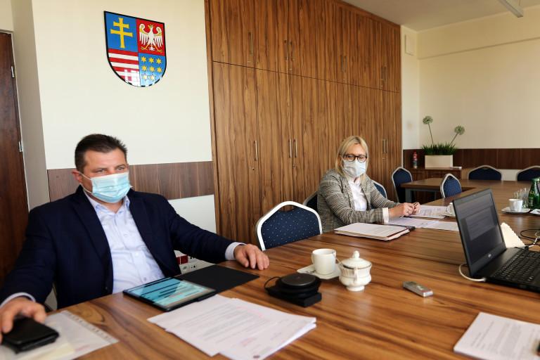 Przewodniczący Artrur Konarski. Posiedzenie Komisji Rolnictwa I Ochrony Środowiska