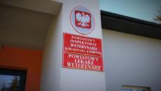 Tablice Informacyjne Na Budynku Powiatowego Inspektoratu Weterynarii