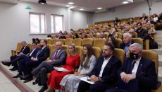 Uczestnicy 3 Forum Gospodarczego W Auli Słuchają Wykładu
